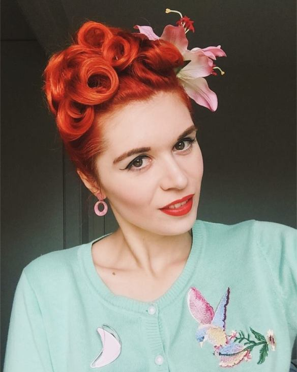 pinup_poodle_updo_miss_sixties_twist